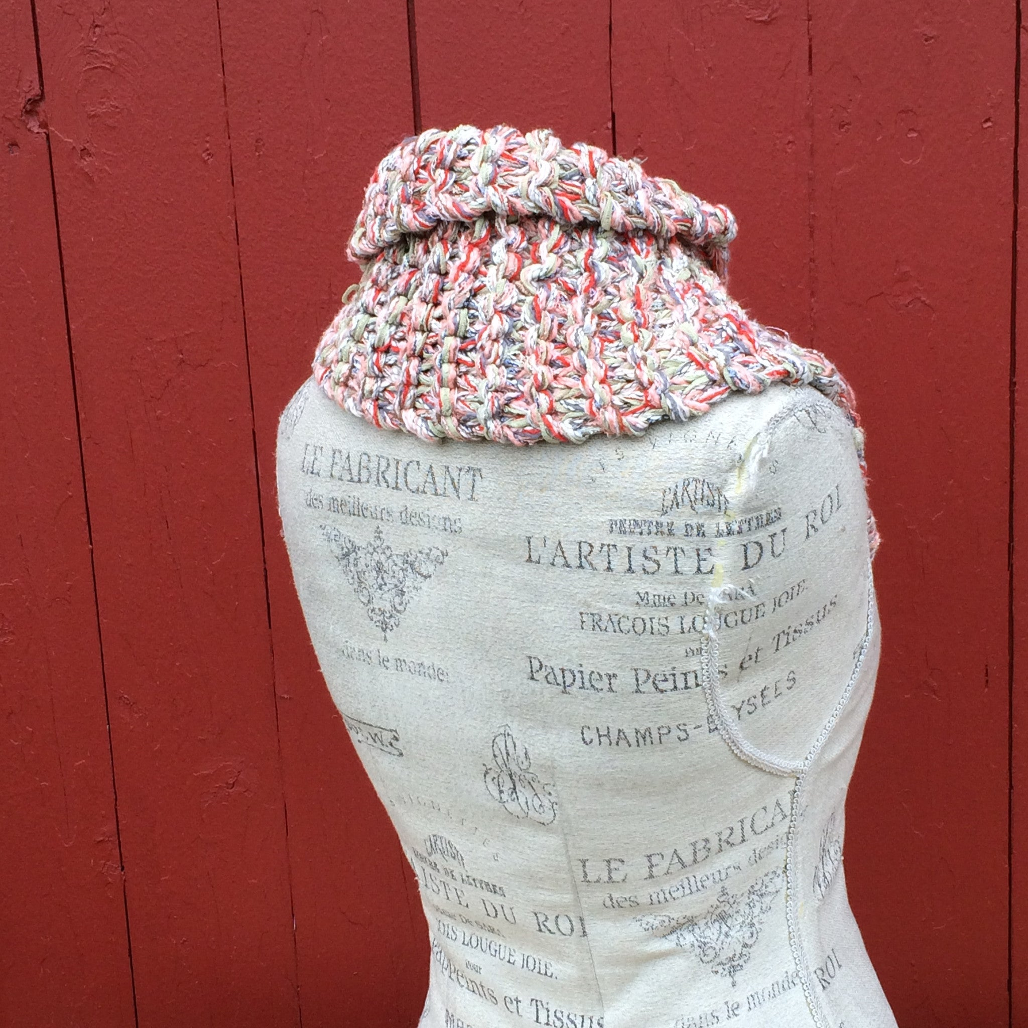 Peach Cream Tweed Shawlette w/Fringe