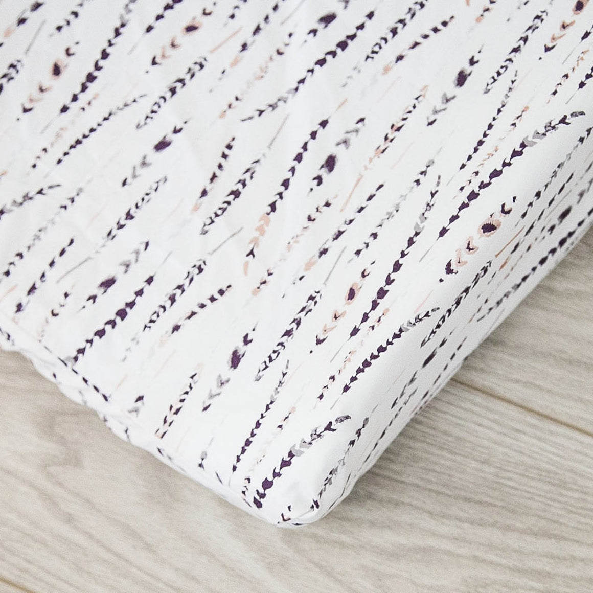 Changing Pad Cover - Metallic Feathers