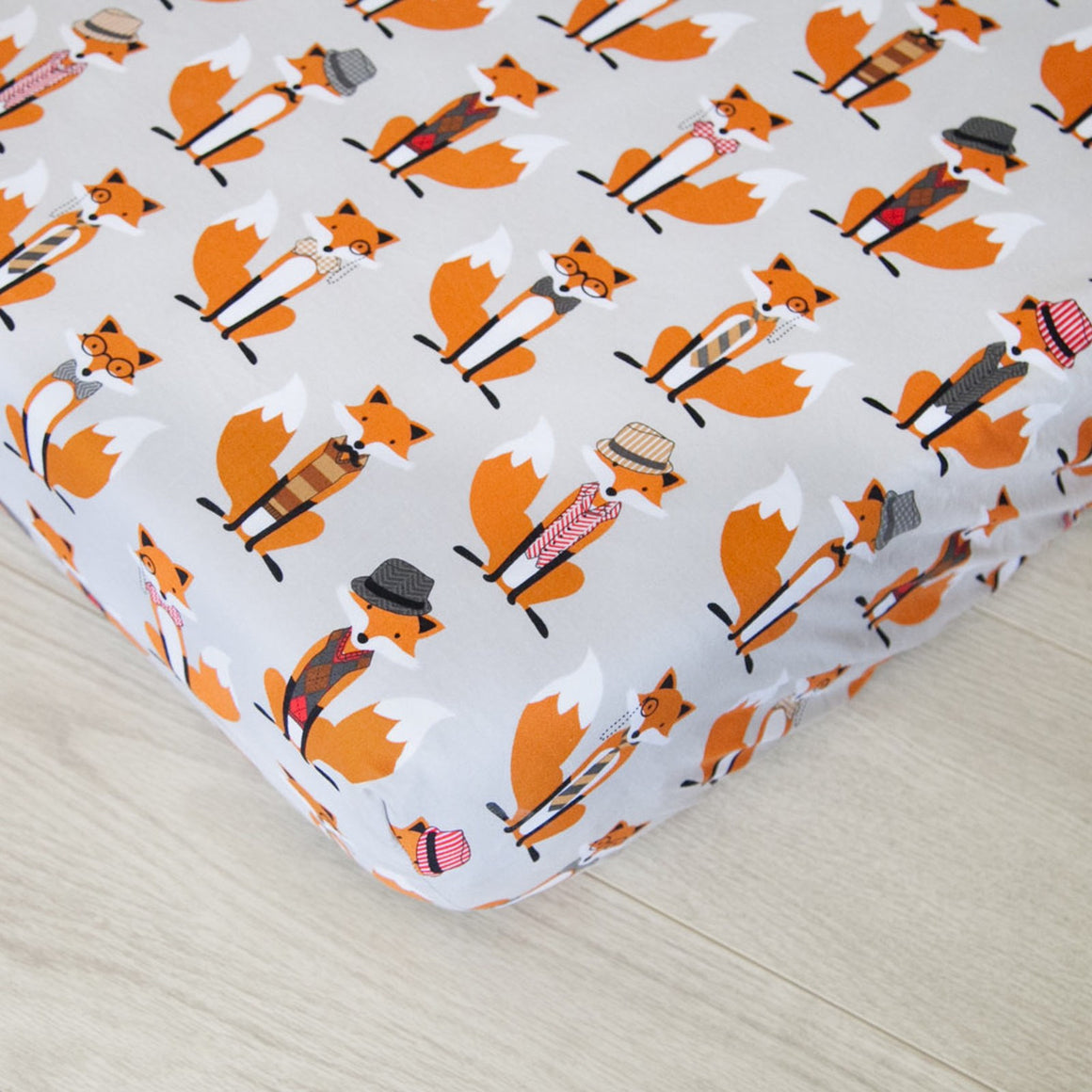 Changing Pad Cover - Gray and Orange Foxes