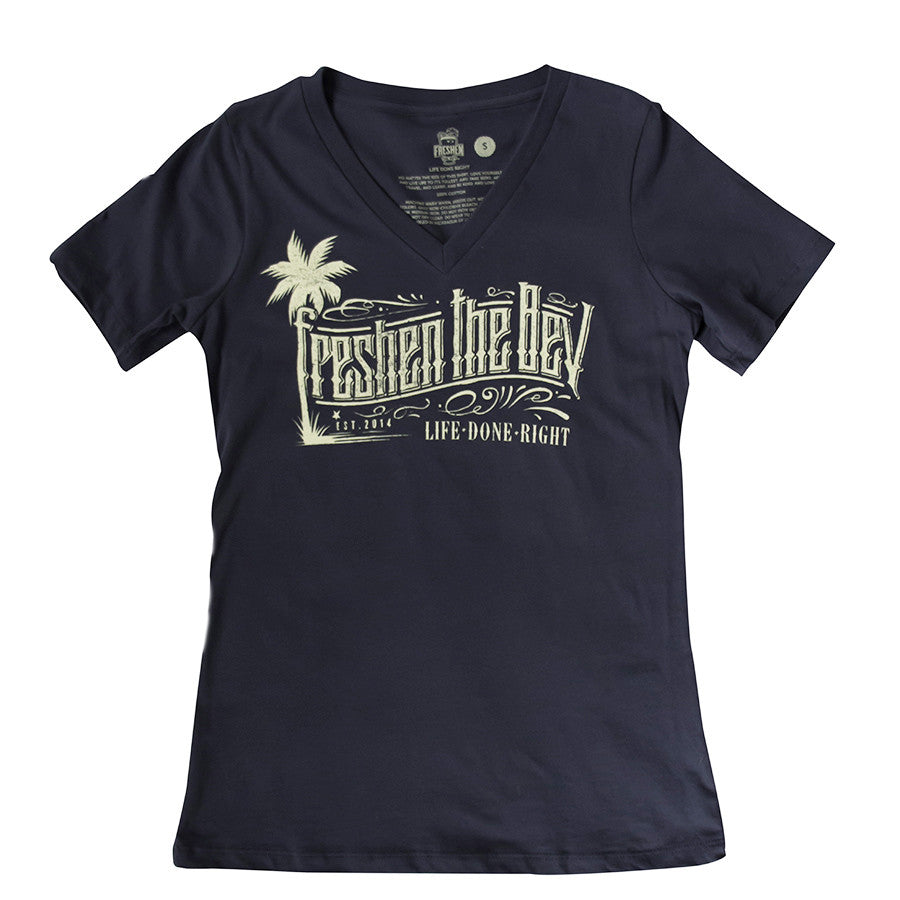 Women's Palm Tree Relaxed Fit V-Neck Tee