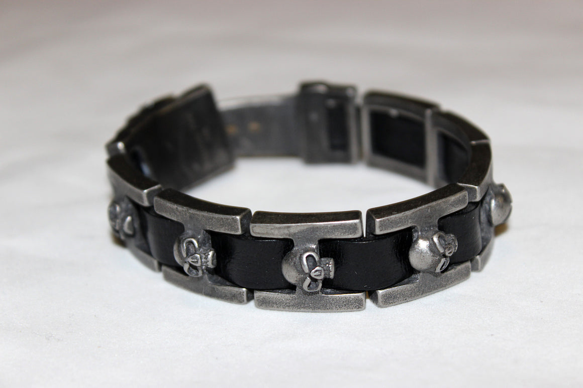 Stainless Steel Skull Link Leather Bracelet- UDINC0459