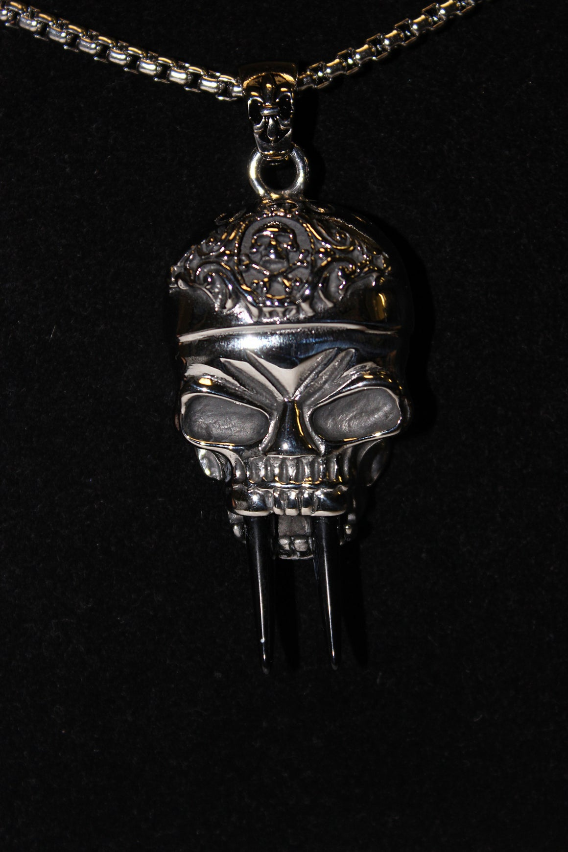 Stainless Steel Large Skull Pendant with teeth - UDINC0465