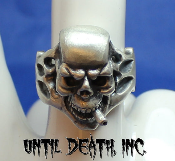 """Cigar Smoking Skull"" 925 Sterling Silver Ring. -UDINC0026"