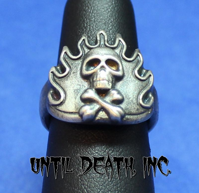 """Flaming Crossbones Skull Ring"". 925 Sterling Silver Ring. -UDINC0045"