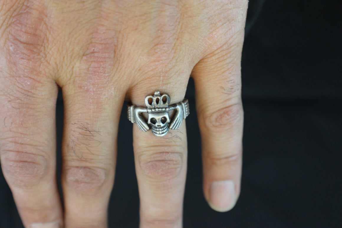 Skull Claddagh Ring STERLING SILVER-UDINC0060