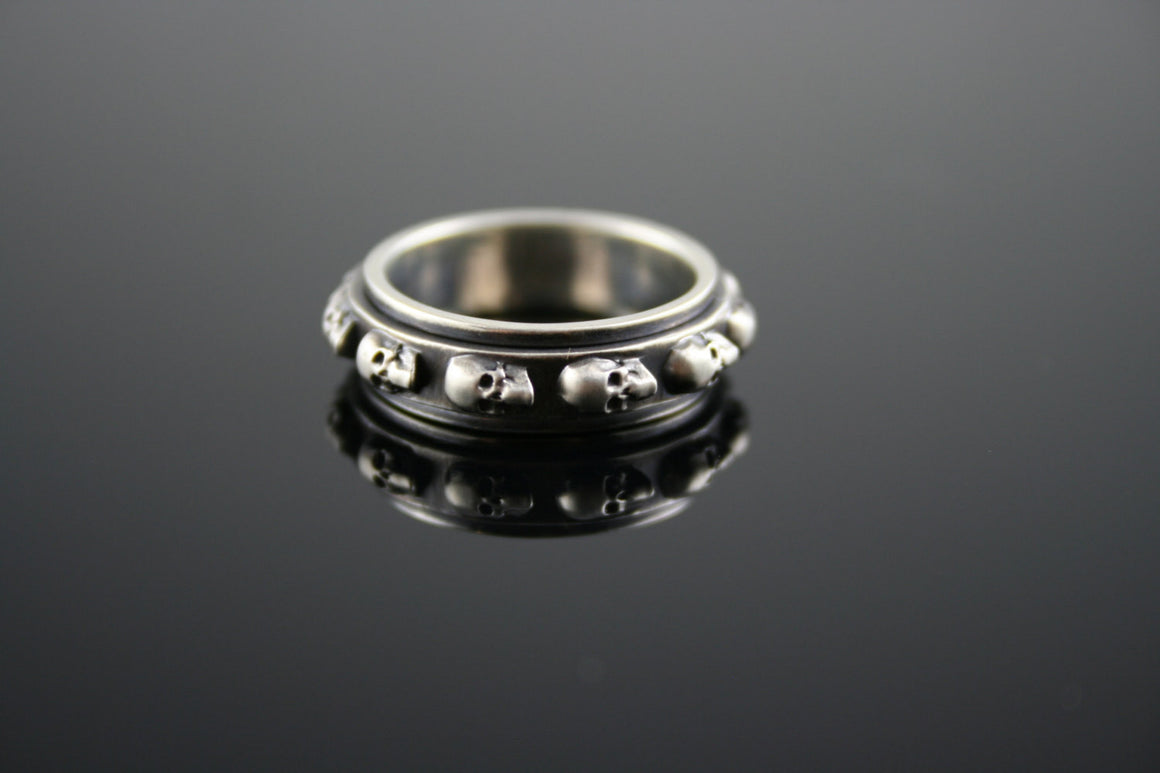 Vintage Skull Spinner Ring in STERLING SILVER-UDINC0315