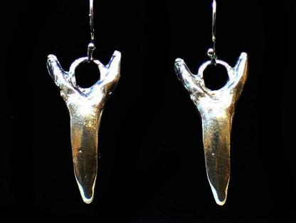 """Mako Shark Tooth"" in STERLING SILVER- UDINC0110"
