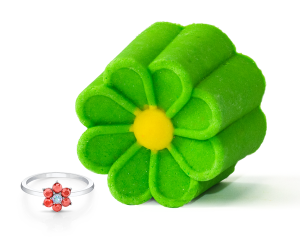 Daisies Bubble Bar with Daisy Ring
