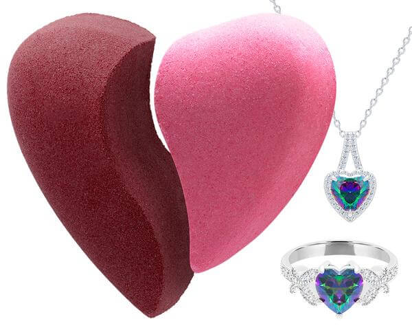 Love Bath Bomb with Necklace and Ring