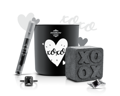 XOXO - Candle & Bath Bomb Set