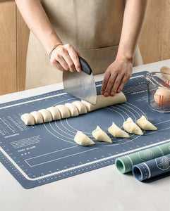 Food grade silicone kneading dough pad kitchen non-slip bread flour pad baking tools BPA Free Pastry mat with mesurement | baking, BPA, bread, dough, flour, Food, Free, grade, kitchen, kneading, mat, mesurement, nonslip, pad, Pastry, silicone, tools, with | akolzol