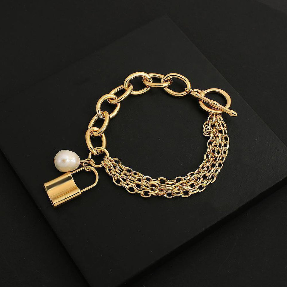 New Design Gold Color Chunky Thick Chains Lock Pendant Bracelets for Women Fashion Jewelry Couple Bracelet Gift Hot | Bracelet, Bracelets, Chains, Chunky, Color, Couple, Design, Fashion, Flashbuy, for, Gift, Gold, Hot, Jewelry, Lock, New, Pendant, Thick, Women | akolzol