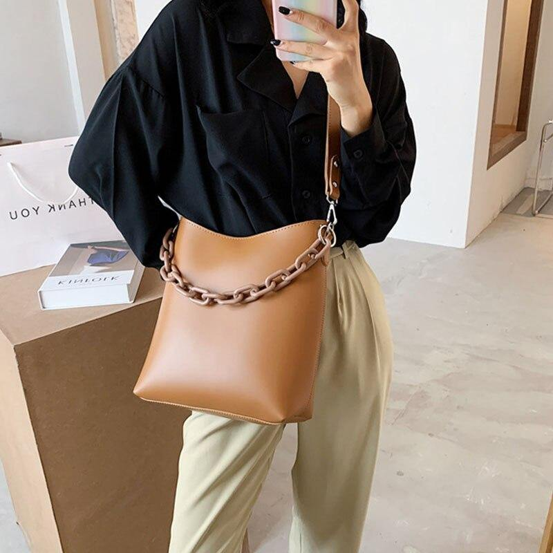 Acrylic Chain Design Vintage PU Leather Crossbody Bags For Women 2020 Trend Elegant Chain Shoulder Handbags Women's Bucket Bags | akolzol