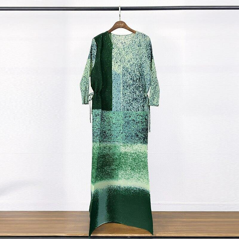 2021 Spring Pleated dress Snowflake print dress plus size long dress turtle neck women high fashion dress aesthetic cloth | akolzol