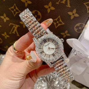 2019 Fashion Top Brand Luxury Fully Diamond Women Watches Quartz Waterproof Stainless Steel Roman Face Wrist Watches For Women | akolzol