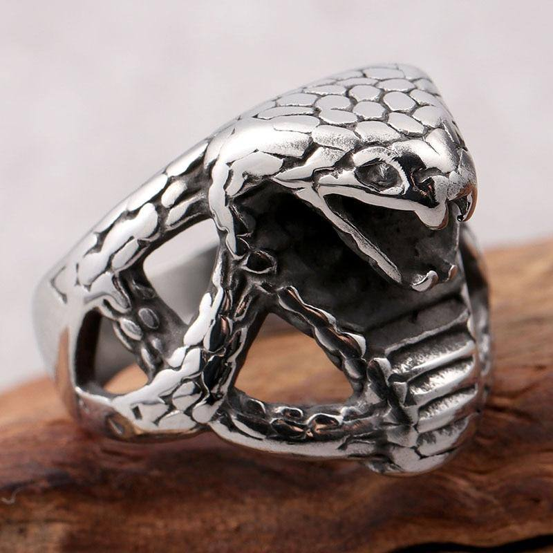 Europe and the United States new trend titanium steel men's ring creative zodiac snake single index finger ring retro ring | akolzol