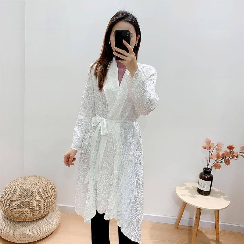 2020 autumn winter white Vintage women Belt jacket Fish scales handmade pleated trench coat looks thin indie aesthetic clothes (White One Size) | akolzol