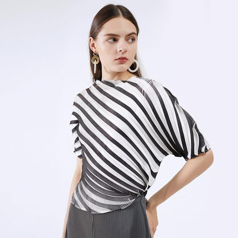 Pleated Personality striped irregular coat women 2020 summe autumn mid-sleeve Korean style word collar pleated T-shirt | akolzol