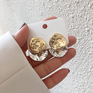 AOMU 2021 Fashion Geometric Irregular Disc Folds Gold Silver Color Metal Stud Earrings for Women Gift Party Jewelry Gift