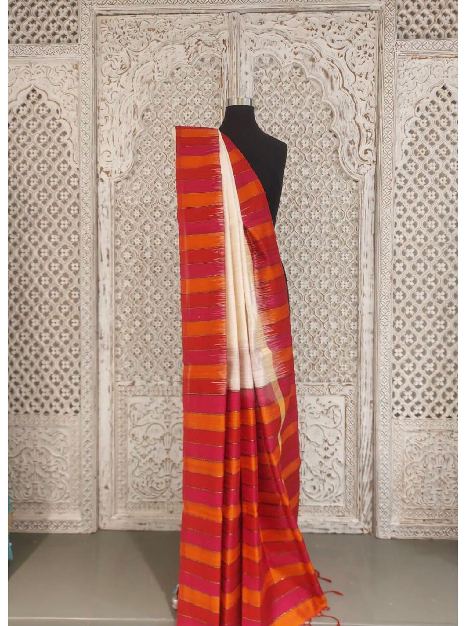 Ivory and Red Bangloari Silk Saree