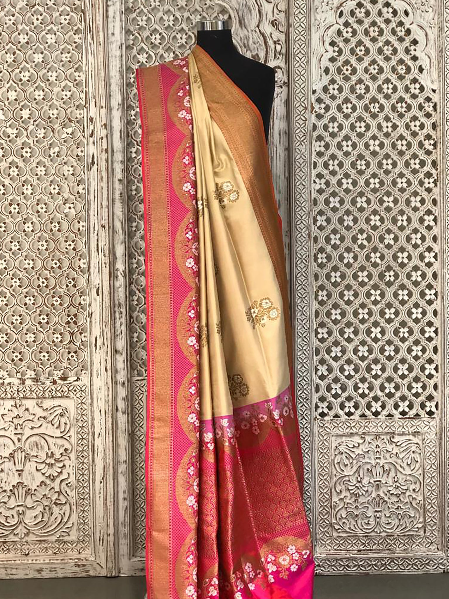 Cream with Pink Banarasi Saree with Necklace Real Zari Border