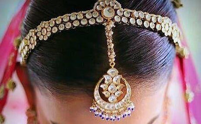 #Spotted : A Unique Head Accessory Brides Are Opting For These Days