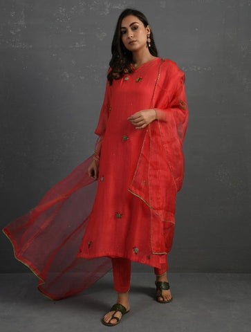 Pink Hand embroidered Kurta Set (Set of 4) by Sonal Kabra now available at Trendroots