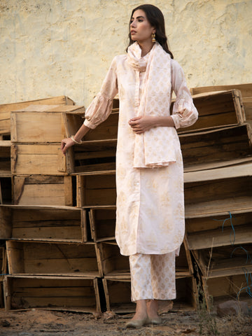 Golden days Kurta Set by Maison Shefali now available at Trendroots