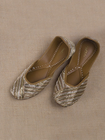 Nargis Gold Zari Juttis by Vareli Bafna now available at Trendroots