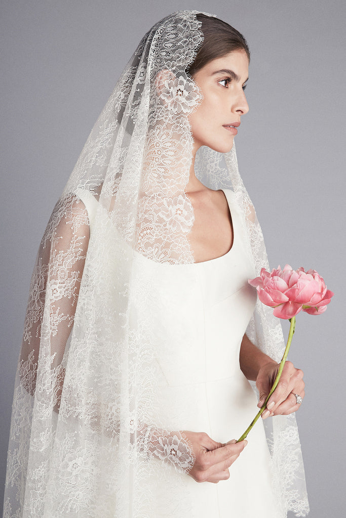 Madrid Lace Veil