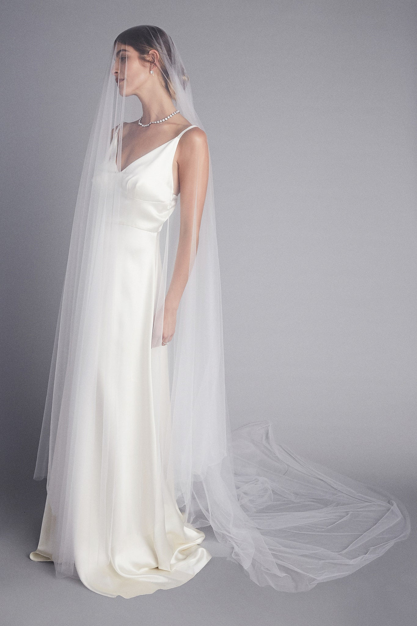 Pomai Circle Drop Tulle Veil