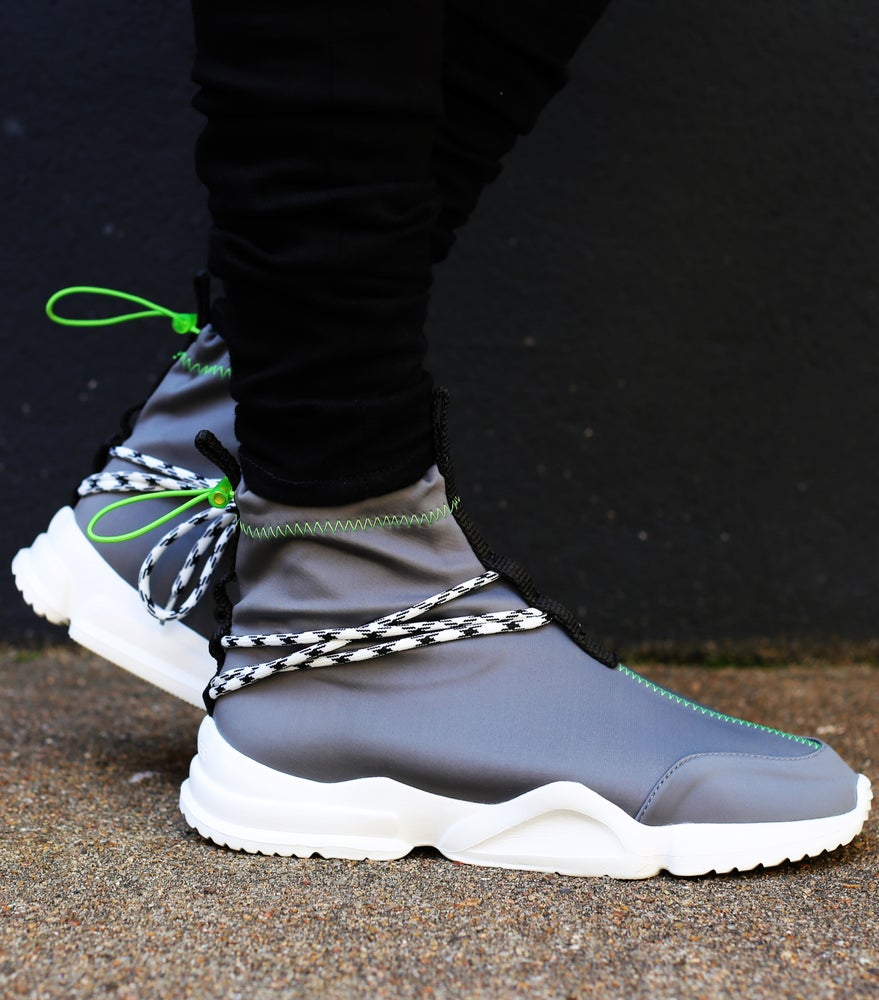 John Geiger - Grey/Lime 002's Anrosa Exclusive