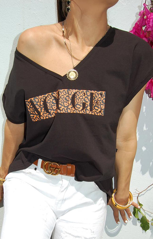 Leopard Vouge Tee in Black