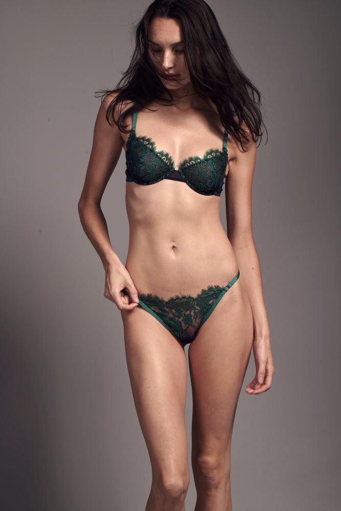 model-Jasmin-French-lace-emerald-demi-luxury-Taryn-Winters-Lingerie