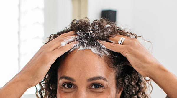 WHY YOU NEED TO EXFOLIATE YOUR SCALP