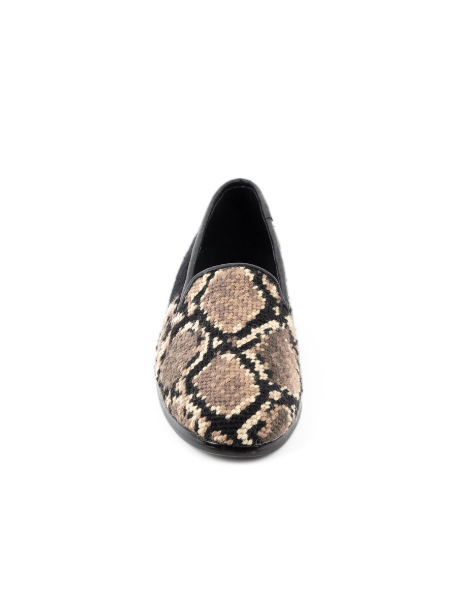 Womens Snake skin Needlepoint Loafer 7