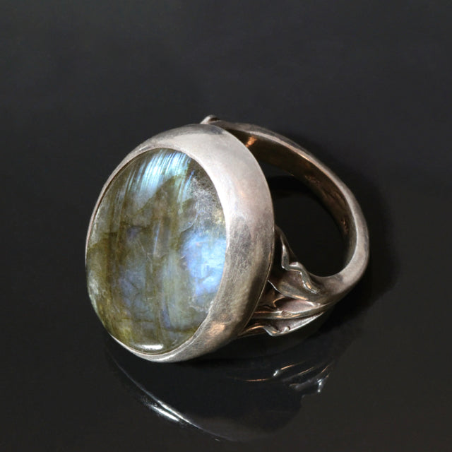 Sterling Silver Ring Large Oval Blue Labradorite, Iridescent, 25 x18mm labradorite, Stars, Waves, Patina, Handmade in BC Canada, Unique Antiqued Silver
