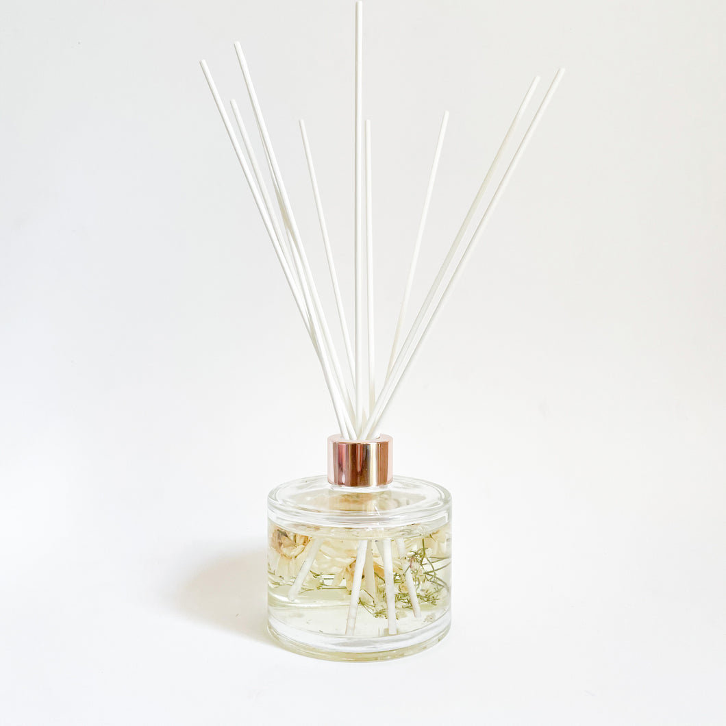 Floral Reed Diffuser - Japanese Honeysuckle