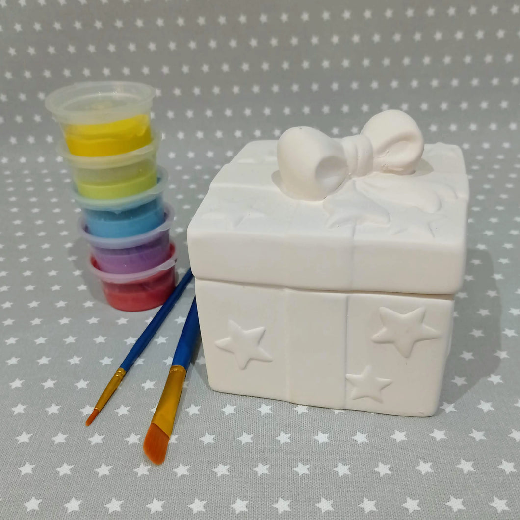 Ready to paint pottery - Present Trinket Box