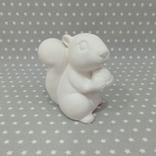 Load image into Gallery viewer, Medium Squirrel Figure