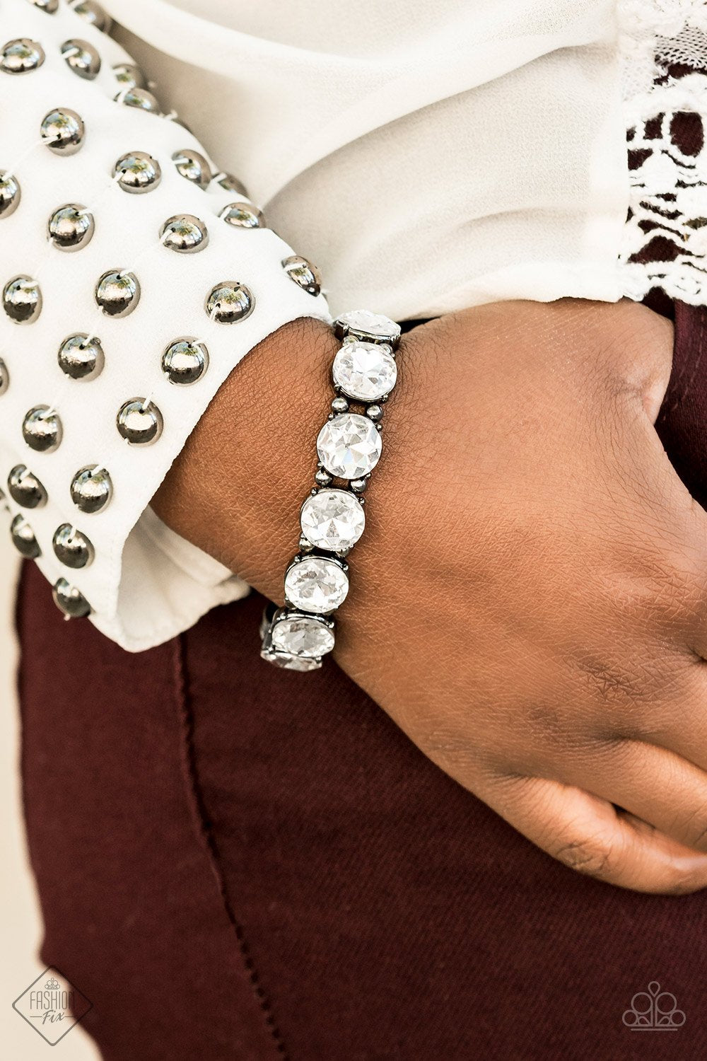 Glitzy Glamorous -White - Paparazzi Accessories - Pretty Girl Jewels
