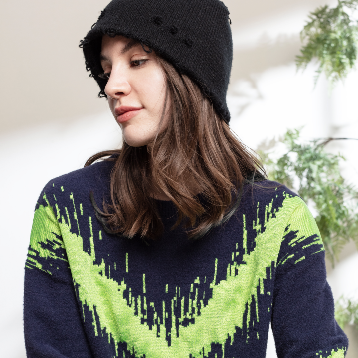 Air Feel AURORA COLLECTION Women's Knitted Glow in the Dark Pullover