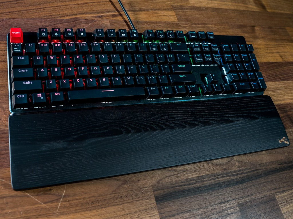 Unlocked Review: Glorious PC Gaming Race Keyboard and Wrist Rest