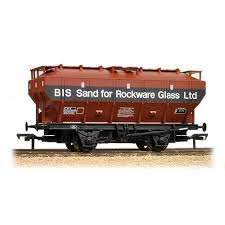Bachmann 38-502 Covered Hopper Wagon COVHOP British Industrial Sand - OO Gauge