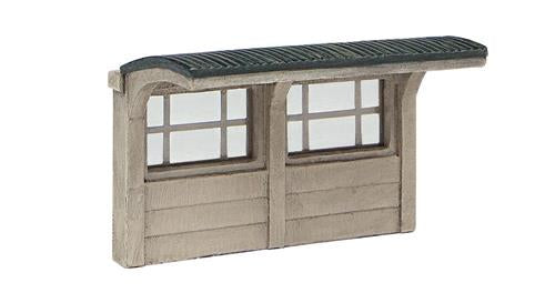 Graham Farish 42-593 Scenecraft Concrete Bus Shelter (Pre-Built) - N Scale