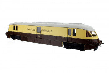 Dapol 4D-011-100 Streamlined Railcar Number 17 Express Parcels GWR Choc & Cream - OO Gauge