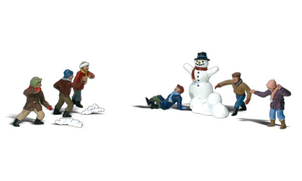 Scenic Accents A1894 Snowball Fight - OO / HO Scale