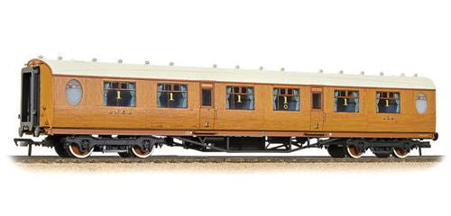 Bachmann 34-485 Thompson 1st Class Corridor LNER Teak - OO Gauge ** End of Stock - Discontinued by Supplier **