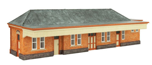 Oxford Structures OS76R001 GWR Station Building (Pre-Built)