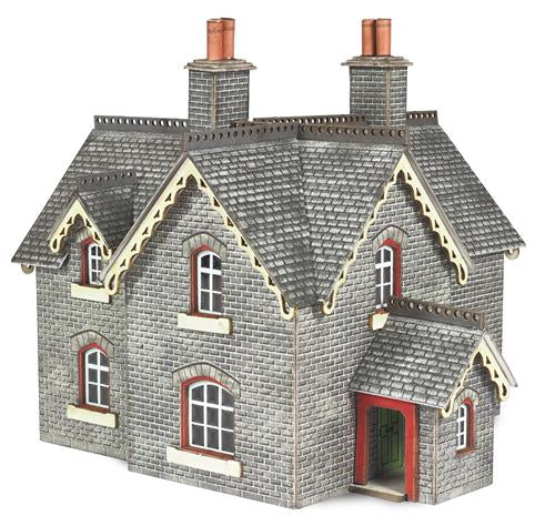 Metcalfe PN935 Settle & Carlisle Stationmaster's House Card Kit - N Scale